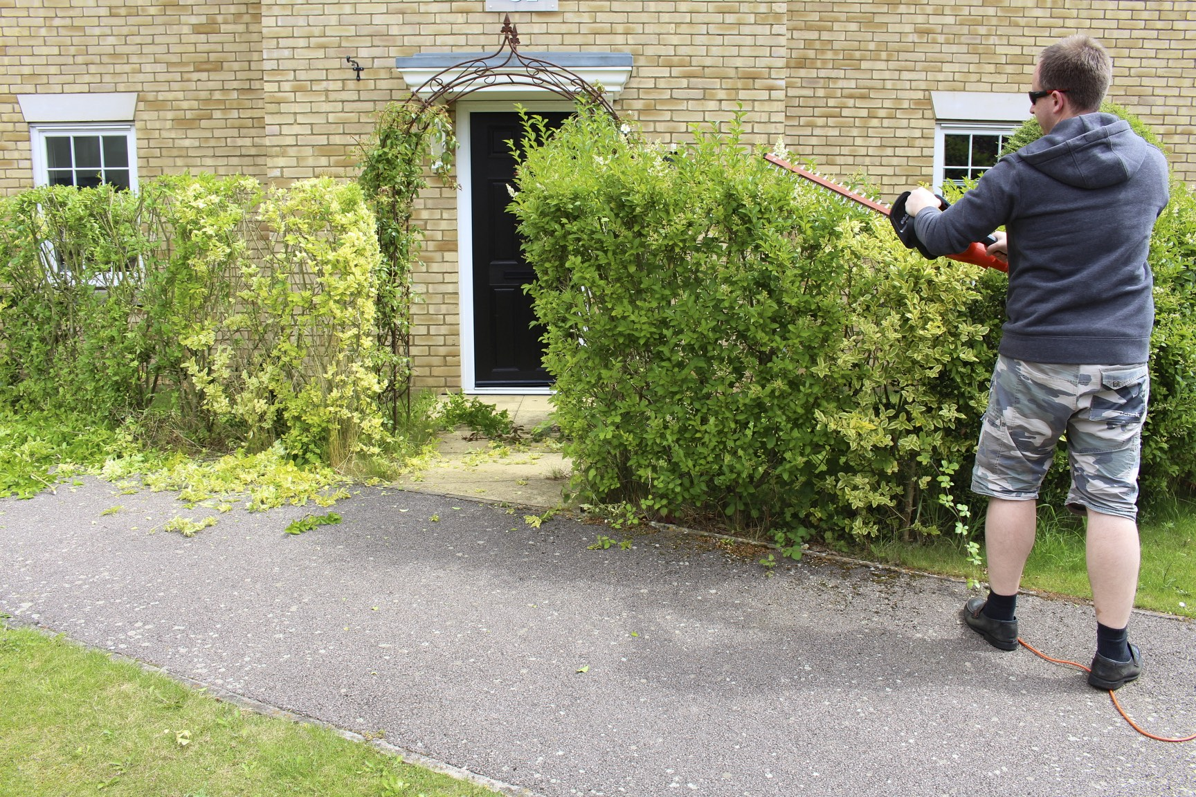 Trim your Hedges